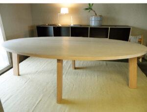 Tisch Delta Elipse