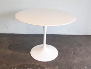 Saarinen Tisch