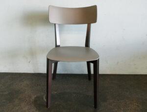 Stühle Due