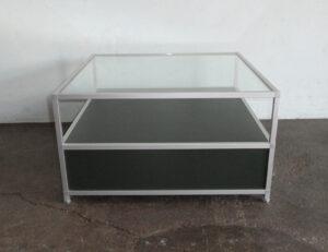 Beistelltisch / Behältermöbel Soho